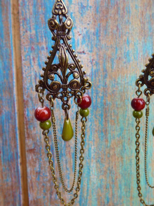 Boucles d'oreilles pendantes orientales bohèmes bronze, perles et sequins
